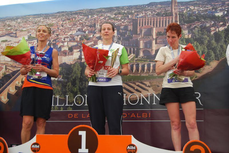 Podium 24H féminin Championnat de France 2015, source Bernard Malgouyrs